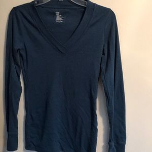 Gap size small shirt